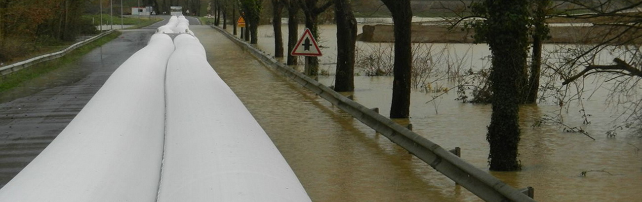 THE NEW GENERATION OF FLOODPROTECTION  <br />EASY, FLEXIBLE AND LOGIC